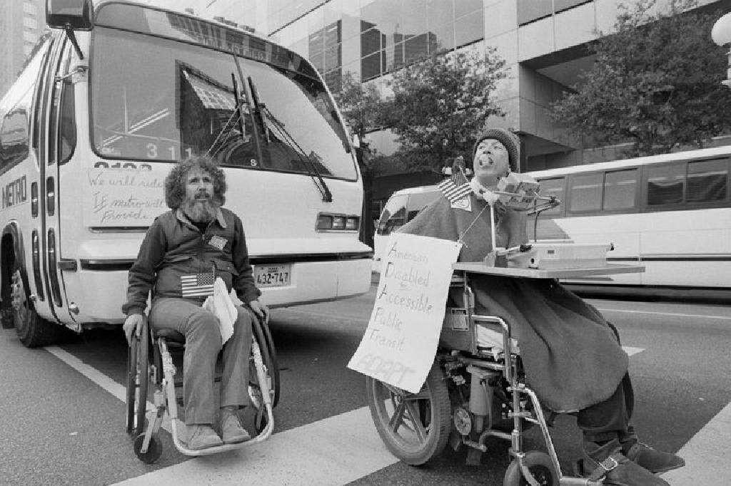美国残疾人法案